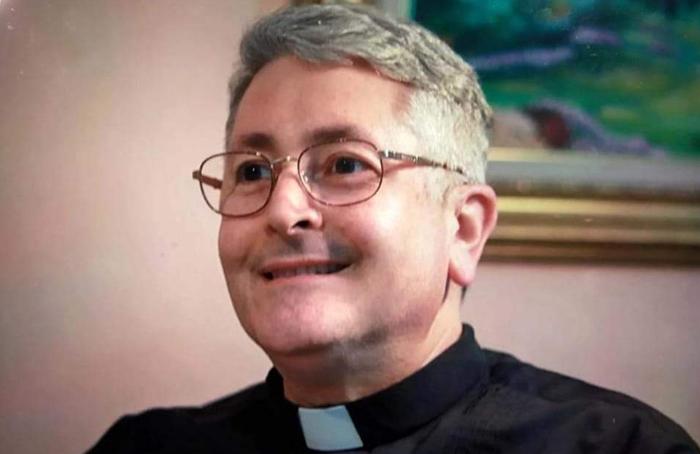 Él Papa establece diócesis en Gracias, Lempira , Honduras y nombra Monseñor Walter Guillén