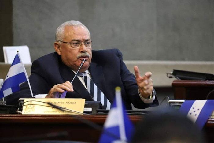 Londres sanciona al hondureño Óscar Nájera en nuevo régimen de anticorrupción