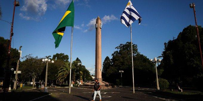 Uruguay usará las vacunas de AstraZeneca contra el COVID-19 para blindar la frontera con Brasil