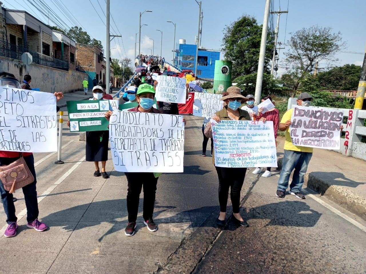 Centrales obreras conmemoran con multitudinarias  marchas  el Dia del Trabajador a nivel nacional