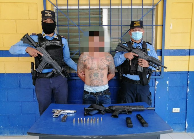 Supuesto miembro activo de la MS-13 es capturado con armas y munición en Cortés