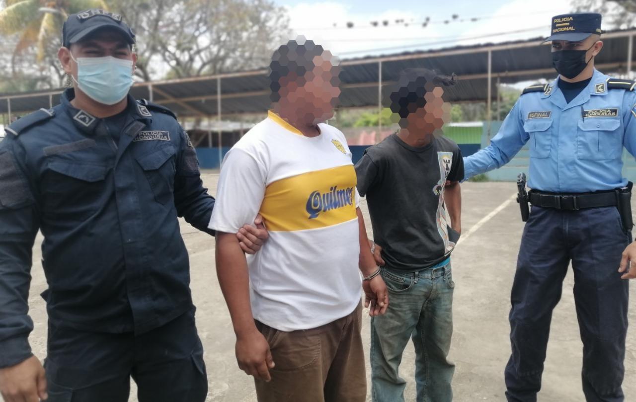 Capturan a dos supuestos distribuidores de droga en Danlí