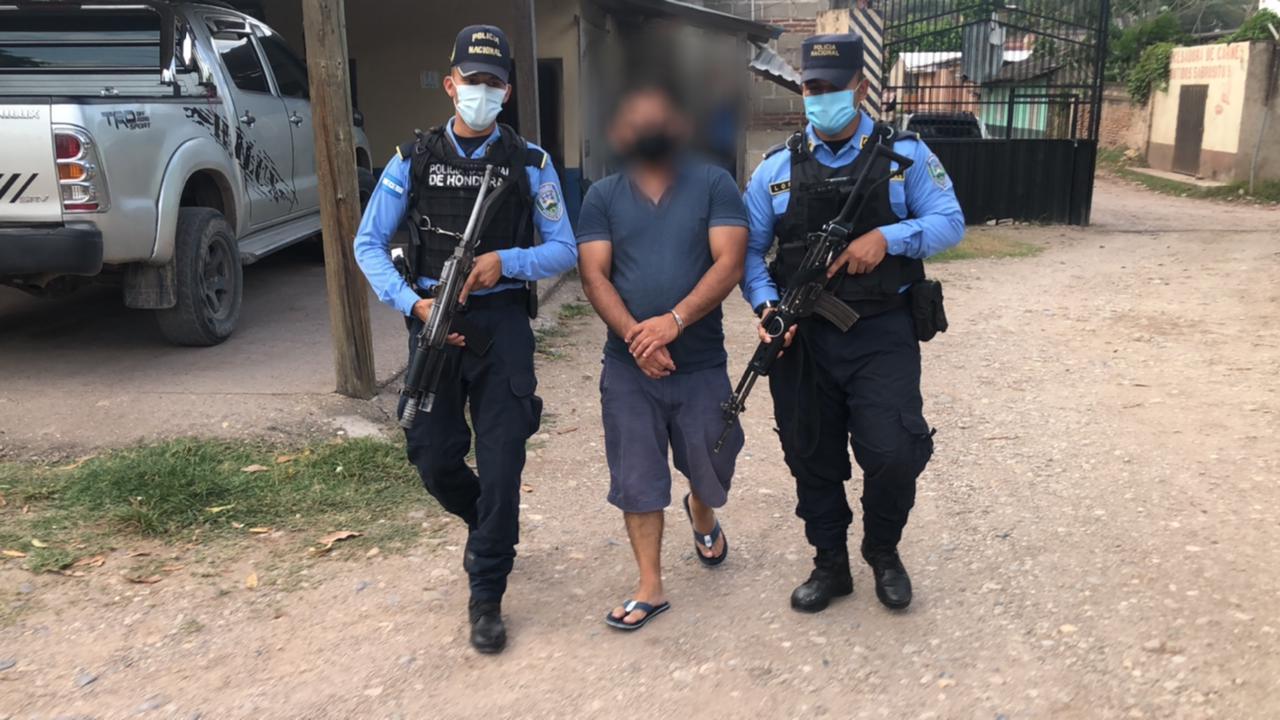 Capturan a sujeto por portación ilegal de armas en Juticalpa