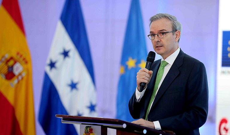 España pone a disposición unos 70 millones de eurospara financiar proyectos de reconstrucción nacional