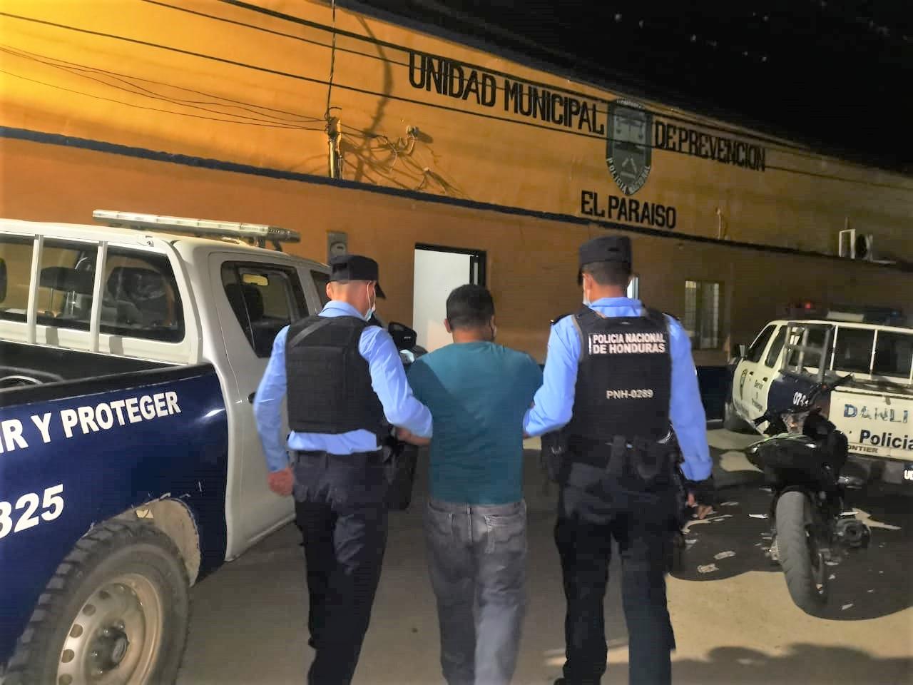 Por el delito de portación ilegal de arma detienen a sujeto en la zona sur