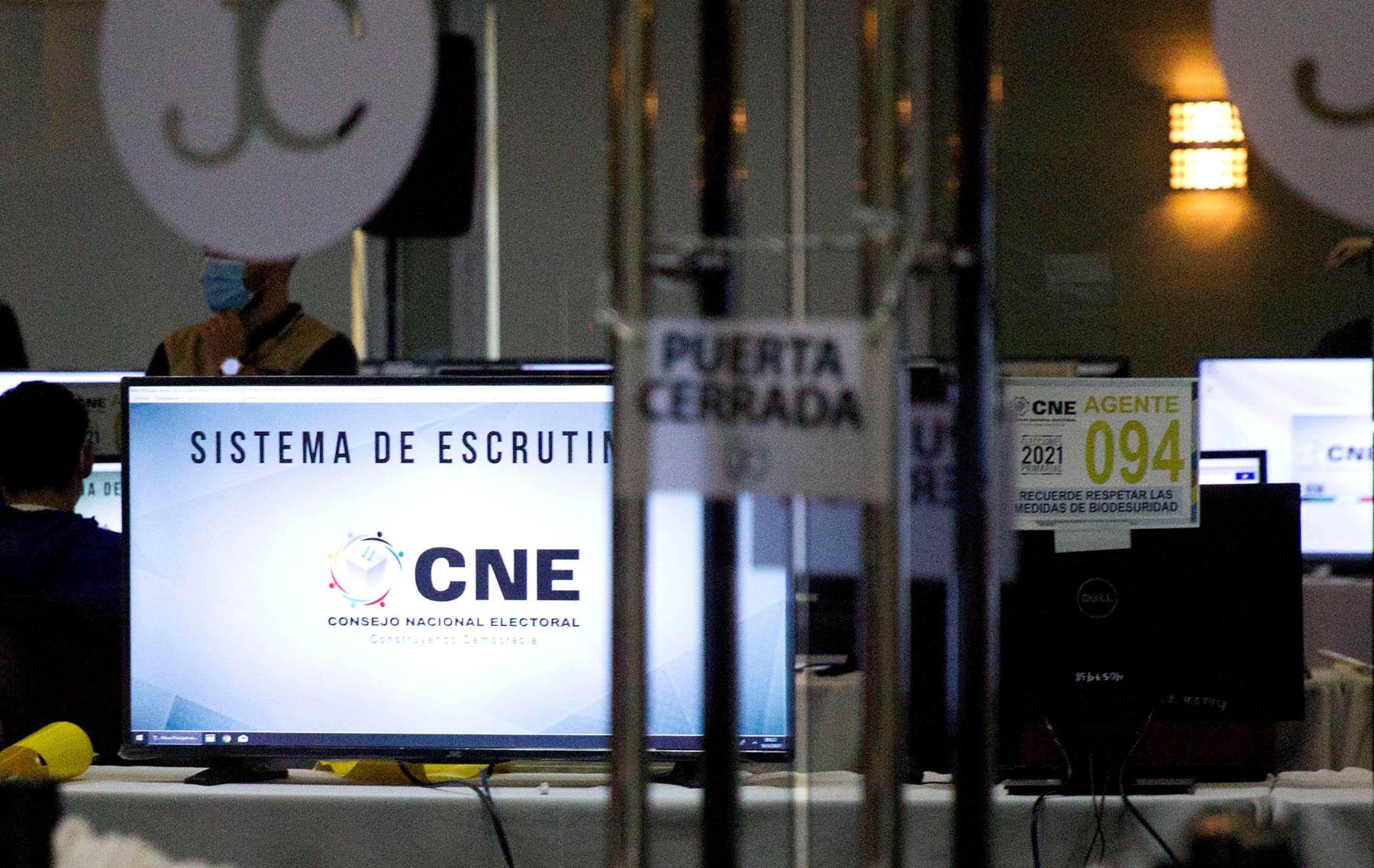 Magistrado del CNE: Transmisión de resultados es el pilar fundamental de todo proceso electoral