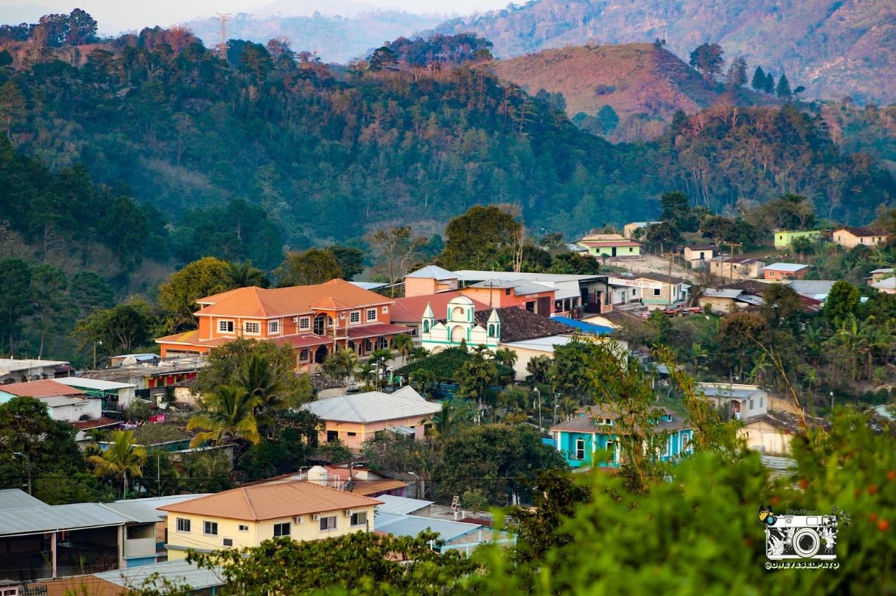 Cierran iglesias, canchas y escuelas en protección en Santa Bárbara por alto contagio de Covid19