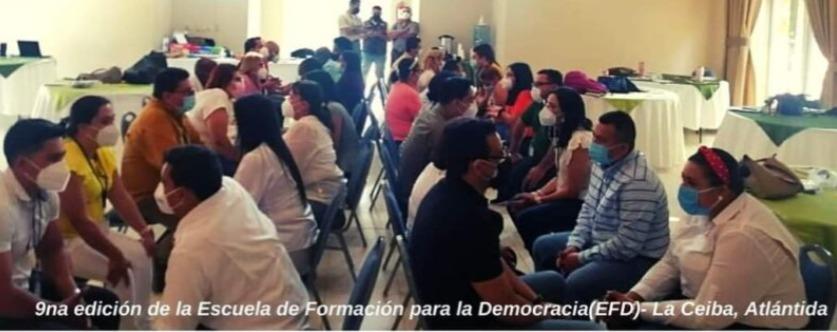 EFD Atlántida 2021 gradúa a 40 candidatos a diputados