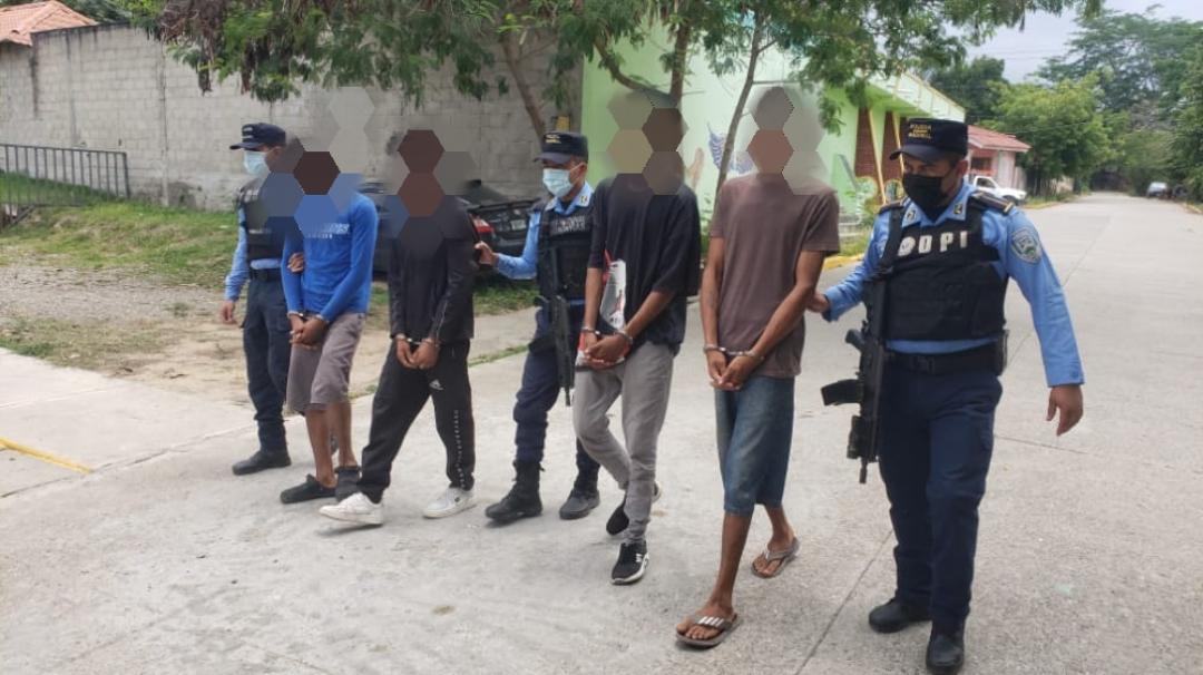 Más de 70 sujetos resultaron capturados por diferentes delitos  en operativos simultáneos  en la capital