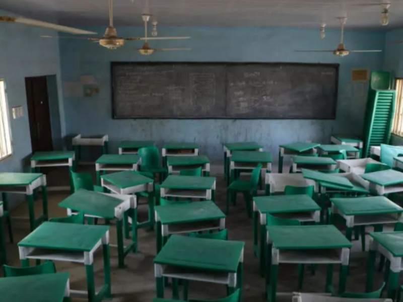 Hombres armados secuestran a 200 niños en una escuela de Nigeria