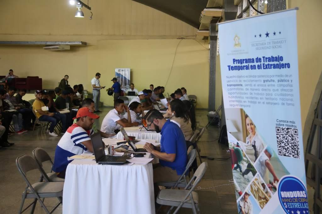 Ministro de Trabajo:  Unos 1,000 hondureños precalifican para visa de trabajo en EEUU