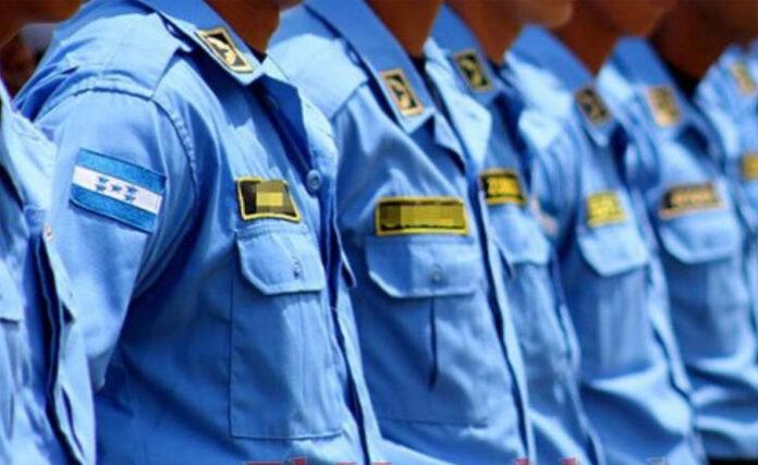 Comisionado Orlin Cerrato: Al menos 5 mil policías han sido vacunados
